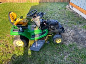 John Deere riding lawn more tractor for Sale in Graham, WA
