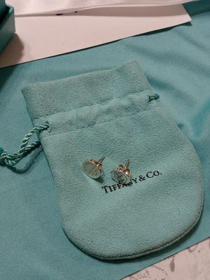 Tiffany & Co Return to Tiffany Round Tag Earrings for Sale in Covina, CA