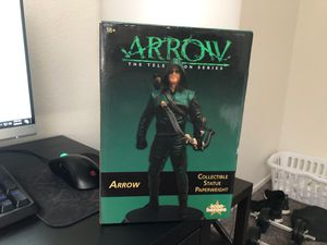 Collectible Arrow statue from the CW for Sale in Las Vegas, NV
