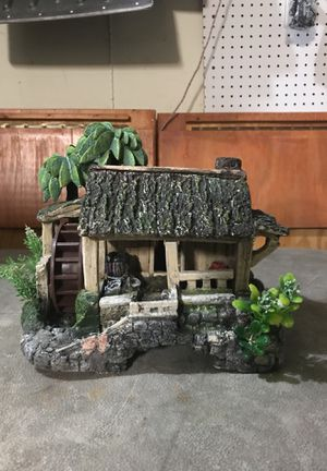 Tropical House for Fish Tank for Sale in Naperville, IL