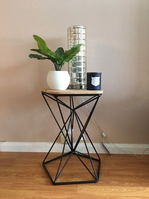Side table for Sale in Redwood City, CA