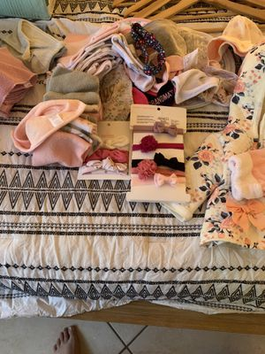 Diapers, baby girl clothes, boy clothes, car seats, formula, and hangars for Sale in Pinecrest, FL