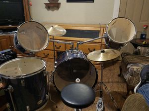 Legion drum set for 200 firm for Sale in Davenport, IA
