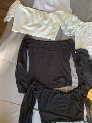 WOMEN'S CLOTHING for Sale in Palmdale, CA