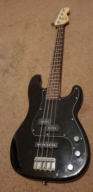 Squier Bass Guitar with fender amp for Sale in Philadelphia, PA