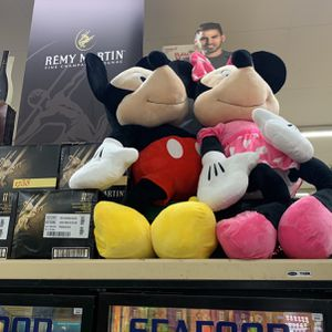 Mickey and Minnie 60 inch tall for Sale in Fresno, CA