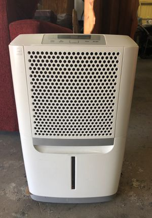 Frigidaire Portable dehumidifier for Sale in Fort Worth, TX