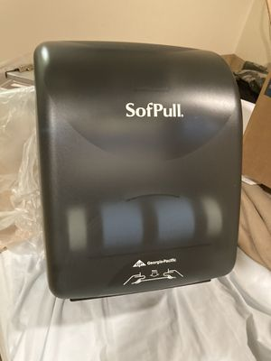 Touch less Paper towel Dispenser for Sale in Taft, CA