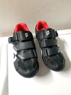 Peloton Cycling Shoes, size : 38eu (7 US women) Brand New for Sale in Plantation, FL