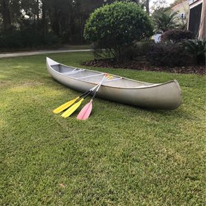 Canoe 17' Grumman & 3 Paddles for Sale in Lake Mary, FL