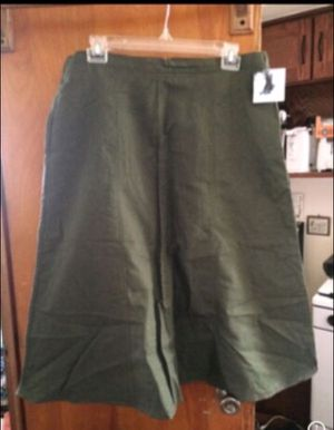 Jaclyn Smith long green skirt for Sale in Milnesville, PA