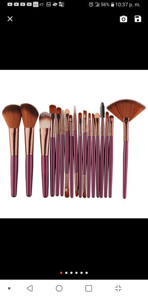 Makeup brush 18 pieces new never used for Sale in Alexandria, VA