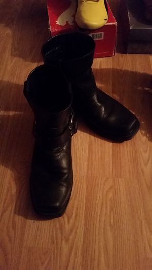 Durango leather boots size 9 for Sale in Sanger, CA