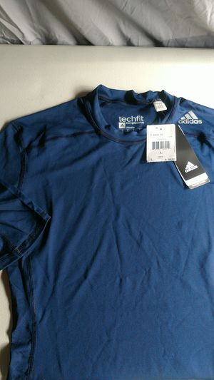 Adidas Mens Tech Fit Compression top Large for Sale in Manassas, VA