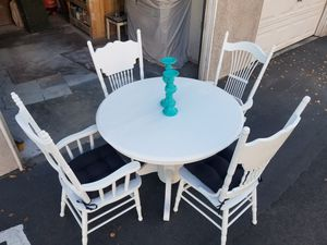 Farmhouse Style Kitchen Table With Chairs for Sale in Temecula, CA