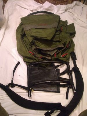Camp Trails External Frame Hiking Camping Backpack ADJ-II (M) Bag for Sale in Seattle, WA