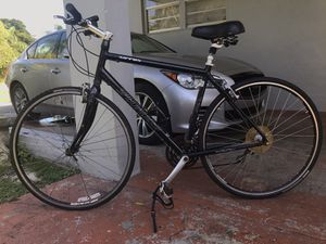 Specialized sirrus hybrid for Sale in Miami, FL