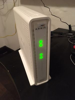 ARRIS Motorola Surfboard DOCSIS 3.0 Cable Modem and Wi-Fi Router SBG6782-AC for Sale in Miami, FL