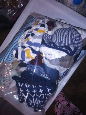 63 pieces baby boy clothing includind 4 complted sets. Newborn and 0-3 months for Sale in Bay Point, CA