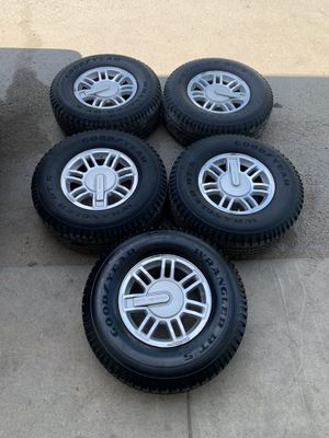 Hummer H3 Wheels for Sale in Lemont, IL