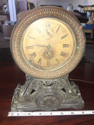 Antique Heavy Metal Clock for Sale in Whittier, CA
