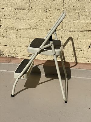 Vintage Cosco step ladder for Sale in Los Angeles, CA