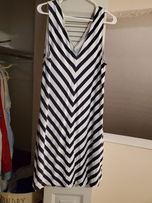 White and blue stripes dress for Sale in Peachtree Corners, GA