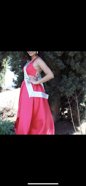 Prom dress for Sale in Hacienda Heights, CA