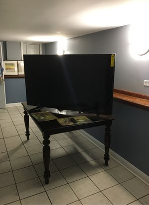 Samsung tv brand new for Sale in Chicago, IL