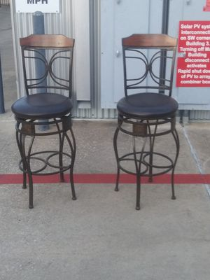 Bar Stools that swirl in great shape for Sale in Pflugerville, TX