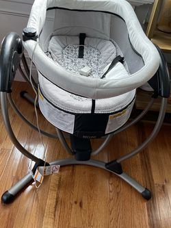 Graco DuoGlider / DreamGlider for Sale in Boston,  MA