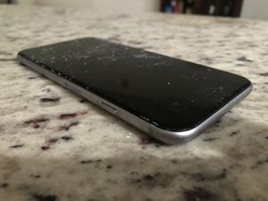 iPhone 6 Unlocked 64GB Space Gray - Cracked Screen for Sale in South Miami, FL