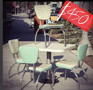 Mid century dinette table & chairs! for Sale in San Diego, CA
