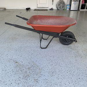 Wheelbarrow for Sale in Wesley Chapel, FL