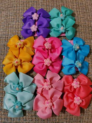 Bows/Moños $1 a pair for Sale in Perris, CA