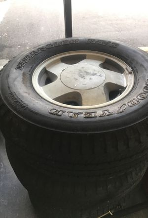 Trail blazer!!!!! Rims/tires for Sale in Orlando, FL