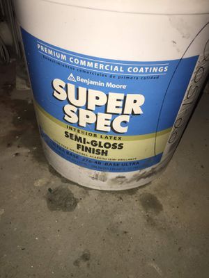 Benjamin Moore Flat white paint 5 Gallon Super hide for Sale in New York, NY
