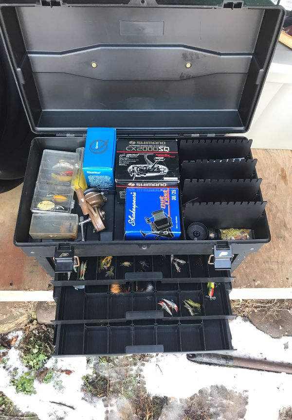 Boat tackle box full of never used lures