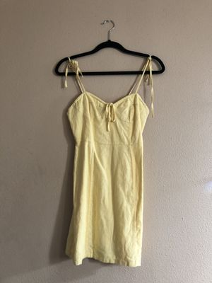 Yellow Dress size Small for Sale in Whittier, CA