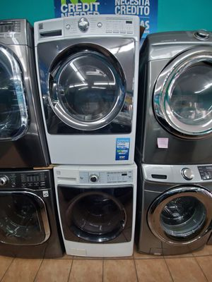 Kenmore washer and dryer white for Sale in Cypress, CA