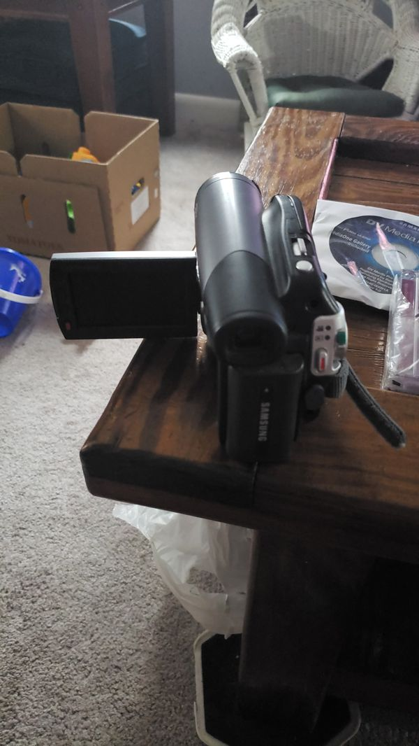 Samsung camera and cam corder barely used
