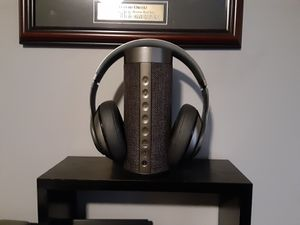Dre beat headphones with Live Platinum speaker both Wifi for Sale in Peabody, MA