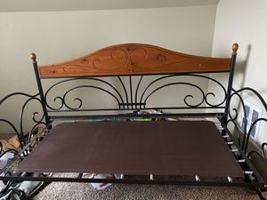 Twin day bed (perfect condition) for Sale in Carbonado, WA