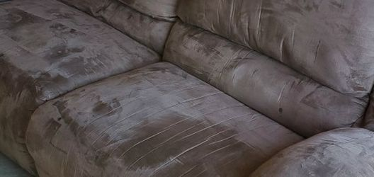 Extremely Comfortable Beige Reclining Sofa for Sale in Lafayette,  CO
