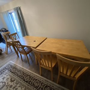 Dining table and chairs. CHEAP ! for Sale in Schaumburg, IL