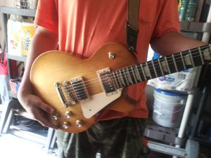 Authentic Gibson LES PAUL guitar for Sale in Bensalem, PA