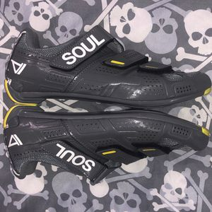 Pearl Izumi Select Rd SoulCycle Shoes (EU41) for Sale in Tamarac, FL