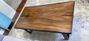 Beautiful wood coffee table for Sale in Palm Shores, FL