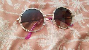 Round hippie sunglasses WALLFLOWER brand for Sale in Las Vegas, NV