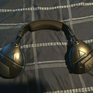 PS4 Turtle Beach Stealth 600 Wireless Headset for Sale in Riverside, CA